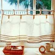 我家窗帘只装了一半,却比你家美一倍。