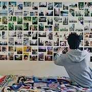 【室内灵感】不打洞也能搞定照片墙,16种方法get√