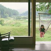 日本一家五口搬到乡下,日子过得竟比童话还美!