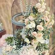 陶冶生活情趣从插花开始,让生活处处飘着优雅的芬芳。
