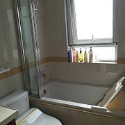 爱上浴缸淋浴——欧特洁四扇折叠浴缸屏风