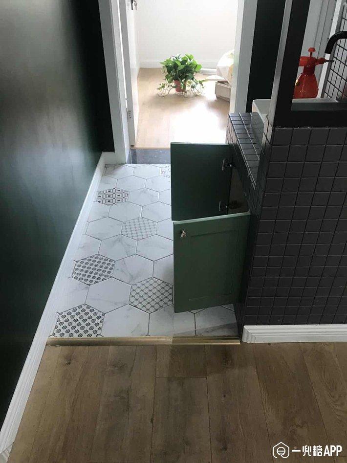 正流行的网红地板铺法,除了鱼骨拼还有这些,学会了想不高级都难