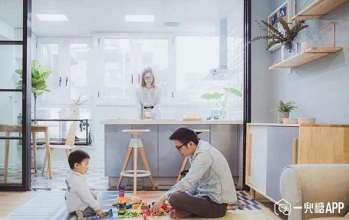 客厅 儿童区的 缺点: 儿童活动,会一定程度的影响客厅的会客功能;耗