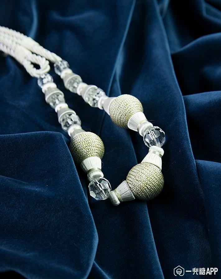 希望走过路过,家里是北欧或者现代轻奢风的小伙伴们,记得考虑一下用丝绒来作为窗帘的材质2.jpg