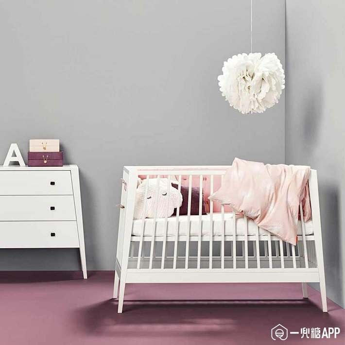 Linea-by-Leander-Baby-Cot---White-Lifestyle_1024x1024.jpg