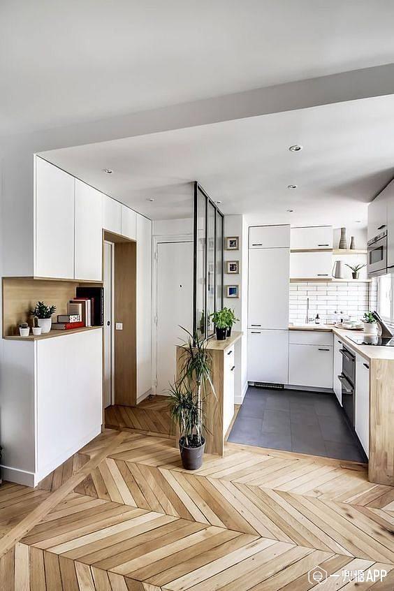 进户玄关那块和厨房连到一起.jpg