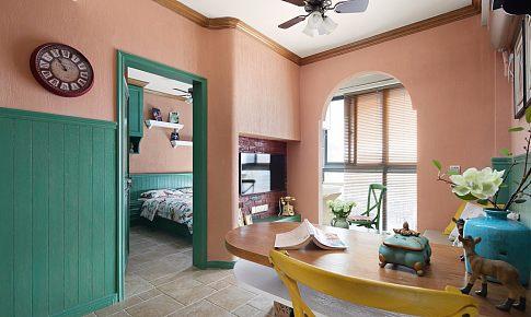 60平小公寓,红绿混搭构筑5口人的温馨美家!