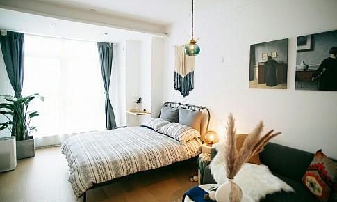 簡單而不失細節的北歐單身公寓
