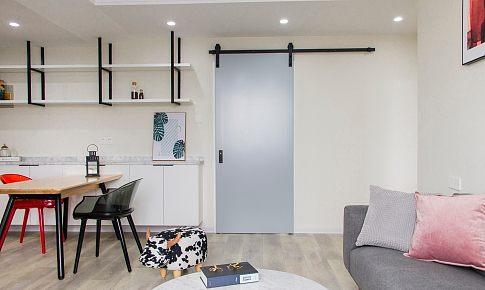 开门就是餐厅?试试这个「柜子+隔板」,堪称小户型自救锦囊!