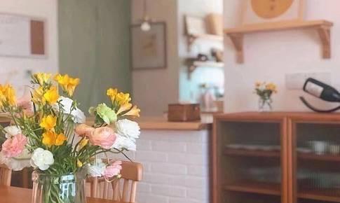 一屋兩人兩貓,三餐四季—原木色日式小清新讓家更溫馨