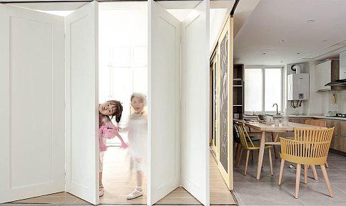空間,通間,大開間!黑板門+折疊門讓老破小的學區房大敲特改推掉墻后破繭成蝶