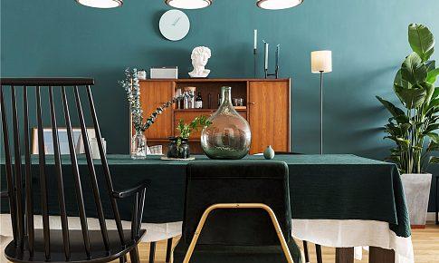 如果說綠色是這個家的基調,那么電影和音樂是它的靈魂~