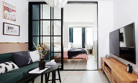 42㎡,这个家不但把小2室改成2室1厅,还把植物养出了高端境界!